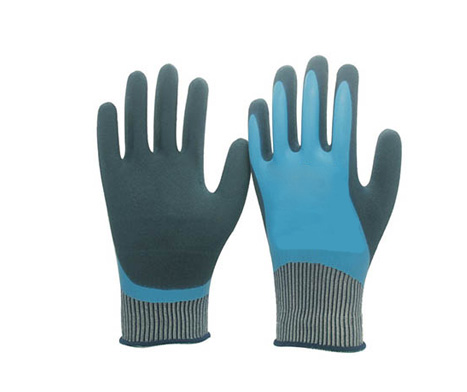 Protective Dipped Gloves